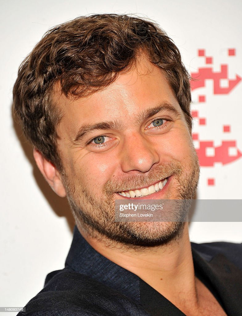 Actor Joshua Jackson attends the 'Farewell, My Queen' New York Screening at MOMA on July 9, 2012 in New York City.