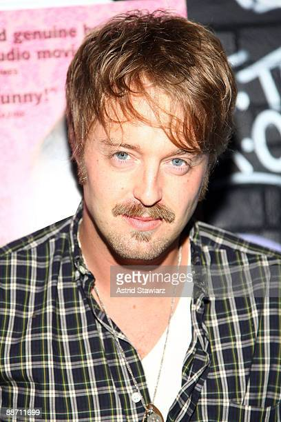"""Actor Joshua Leonard attends the New York Premiere of """"Humpday"""" at Open Road Rooftop on June 26, 2009 in New York City."""