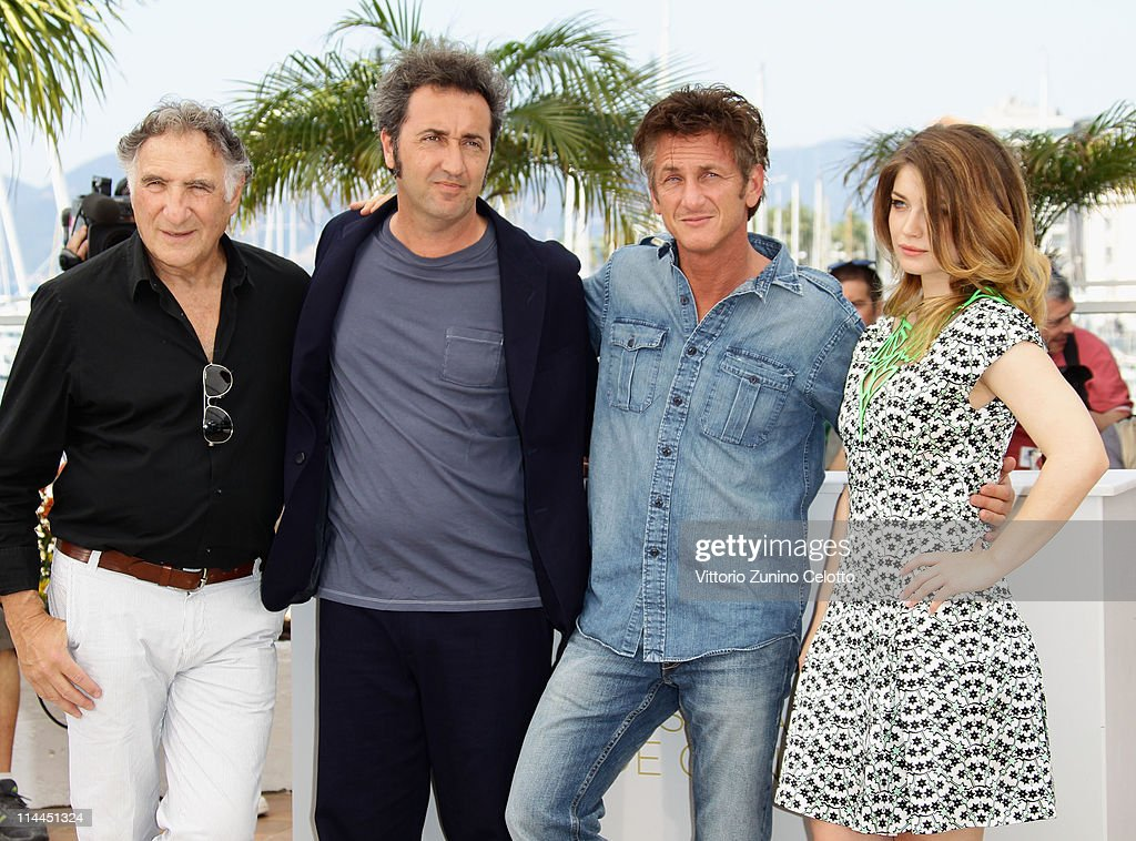 Actor Judd Hirsch, director Paolo Sorrentino, actor Sean Penn and actress Eve Hewson attend the 'This Must Be The Place' photocall during the 64th Annual Cannes Film Festival at Palais des Festivals on May 20, 2011 in Cannes, France.