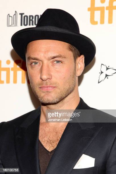 Actor Jude Law arrives at the 'Dom Hemingway' Premiere during the 2013 Toronto International Film Festival at Princess of Wales Theatre on September...
