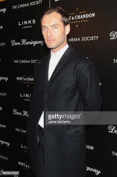 Actor Jude Law attends the Fox Searchlight Pictures' Dom Hemingway screening hosted by The Cinema Society And Links Of London on March 27 2014 in New...