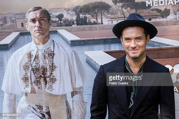 Actor Jude Law attends the 'The Young Pope' photocall at the Italian Embassy to Spain on October 11, 2016 in Madrid, Spain.