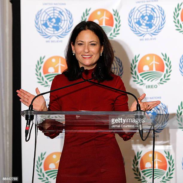 Actor Judie Aronson speaks at the 2nd annual IREO Renewable Energy Awards Gala at the United Nations on June 11 2009 in New York City