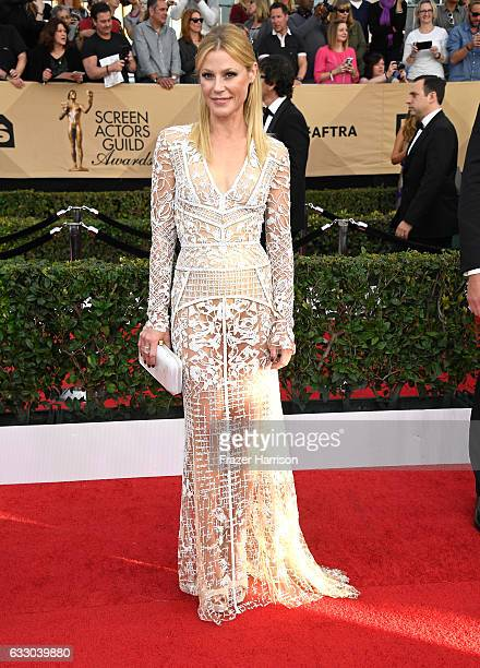 Actor Julie Bowen attends The 23rd Annual Screen Actors Guild Awards at The Shrine Auditorium on January 29 2017 in Los Angeles California 26592_008