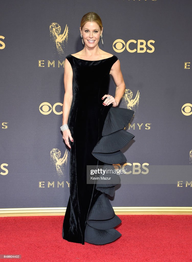 Actor Julie Bowen attends the 69th Annual Primetime Emmy Awards at Microsoft Theater on September 17, 2017 in Los Angeles, California.