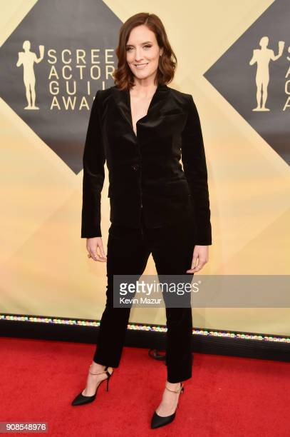 Actor Julie Lake attends the 24th Annual Screen Actors Guild Awards at The Shrine Auditorium on January 21 2018 in Los Angeles California 27522_007