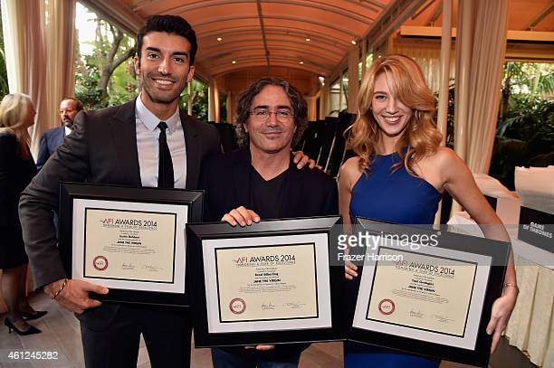 Actor Justin Baldoni producer Brad Silberling and actress Yael Grobglas pose with awards during the 15th Annual AFI Awards at Four Seasons Hotel Los...