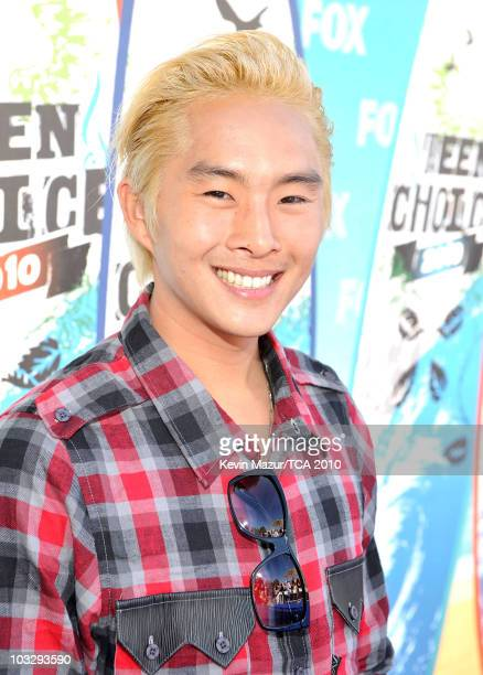 Actor Justin Chon arrives at the 2010 Teen Choice Awards at Gibson Amphitheatre on August 8 2010 in Universal City California