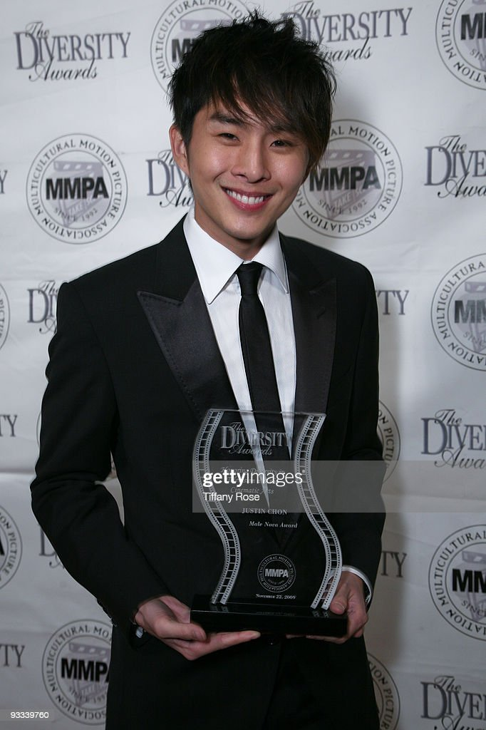 17th Annual Diversity Awards Gala : News Photo