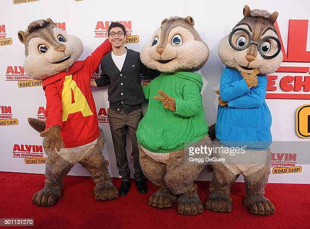 Actor Justin Long arrives at the premiere of 20th Century Fox's 'Alvin And The Chipmunks The Road Chip' at Zanuck Theater at 20th Century Fox Lot on...