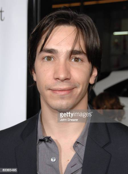 Actor Justin Long arrives to the Weinstein Co premiere of Zack Miri Make A Porno at Grauman's Chinese Theatre on October 20 2008 in Hollywood...