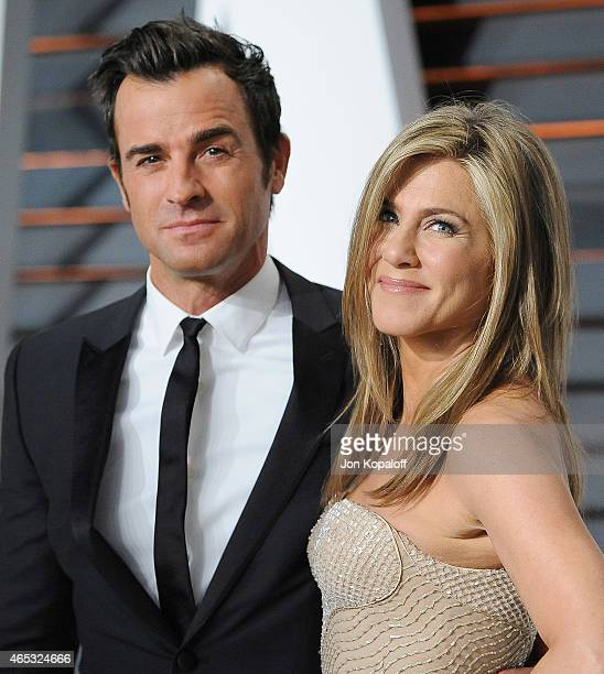 Actor Justin Theroux and actress Jennifer Aniston arrive at the 2015 Vanity Fair Oscar Party Hosted By Graydon Carter at Wallis Annenberg Center for...