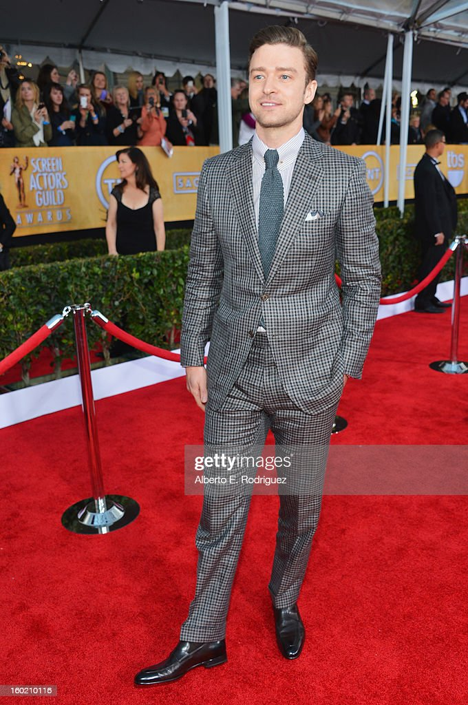 19th Annual Screen Actors Guild Awards - Red Carpet : News Photo