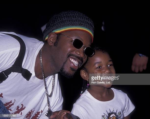 Actor Kadeem Hardison and daughter Sophia Hardison attend the premiere of Dr Dolittle 2 on June 20 2001 at Avco Cinema in Westwood California