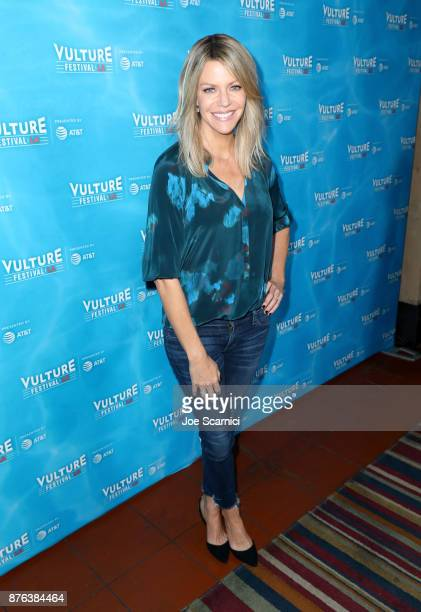 Actor Kaitlin Olson attends the 'It's Always Sunny' panel part of Vulture Festival LA presented by ATT at Hollywood Roosevelt Hotel on November 19...