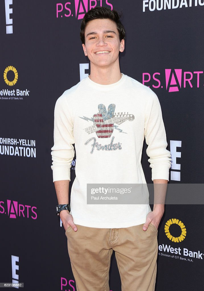 P.S. ARTS' Express Yourself 2016 - Arrivals : News Photo