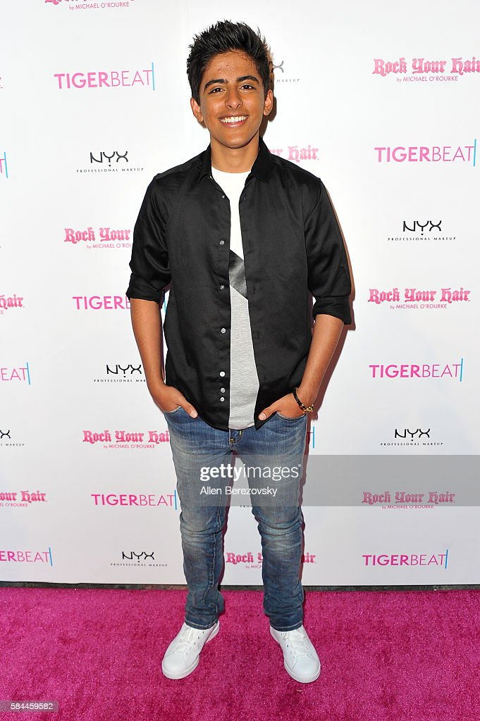 Tiger Beat's Pre-Party Around FOX's Teen Choice Awards - Arrivals : News Photo
