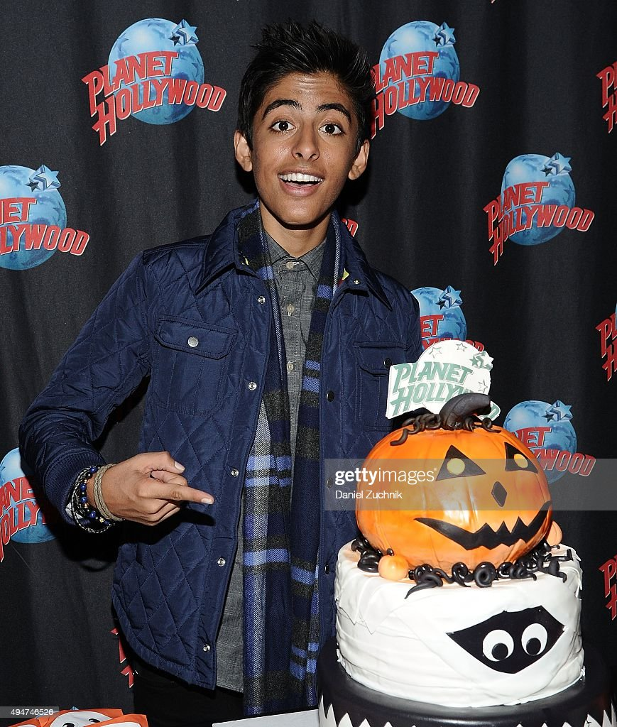 Karan Brar Visits Planet Hollywood Times Square Photos and Images ...