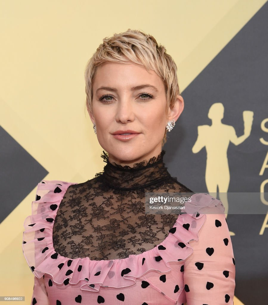 Actor Kate Hudson attends the 24th Annual Screen Actors Guild Awards at The Shrine Auditorium on January 21, 2018 in Los Angeles, California.