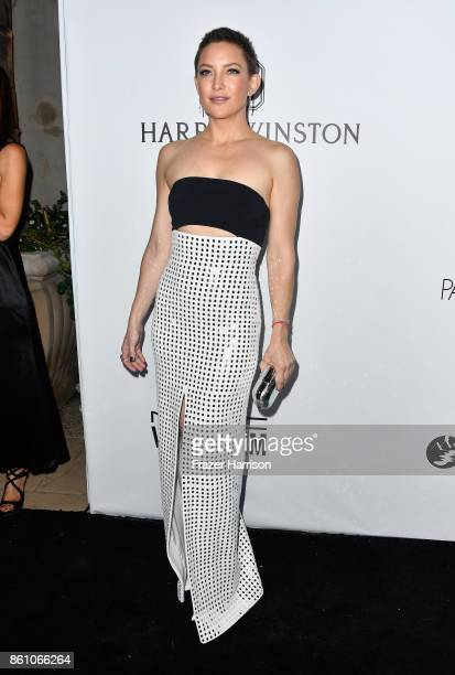 Actor Kate Hudson attends the amfAR Gala at Ron Burkle's Green Acres Estate on October 13 2017 in Beverly Hills California