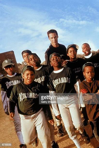 Actor Keanu Reeves and cast star in Hardball Julian Griffith Brian Reed DeWayne Warren Bryan Hearne Michael Jordan Michael Perkins and A Delon Ellis...