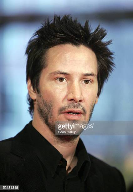 Actor Keanu Reeves arrives at the Thumbsucker premiere during the 55th annual Berlinale International Film Festival on February 11 2005 in Berlin...