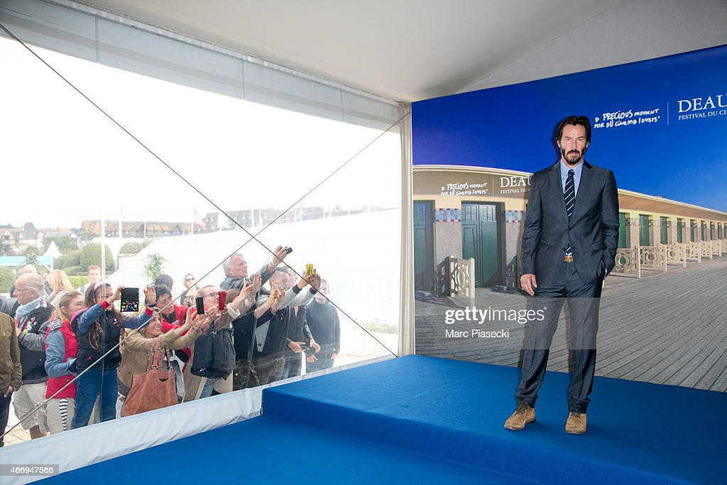 'Knock Knock' Photocall - 41st Deauville American Film Festival