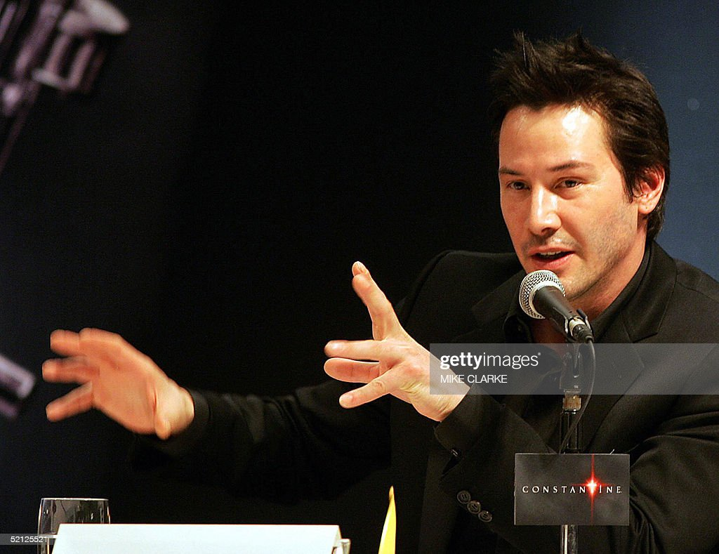 Actor Keanu Reeves makes an appearance a : News Photo