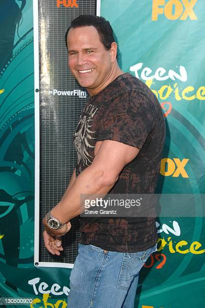 Actor Keith Middlebrook arrives at the Teen Choice Awards 2009 held at the Gibson Amphitheatre on August 9 2009 in Universal City California