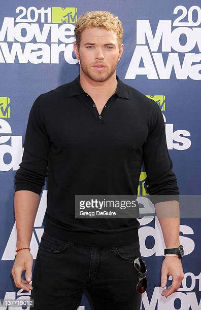 Actor Kellan Lutz arrives at the 2011 MTV Movie Awards at the Gibson Amphitheatre on June 5 2011 in Universal City California