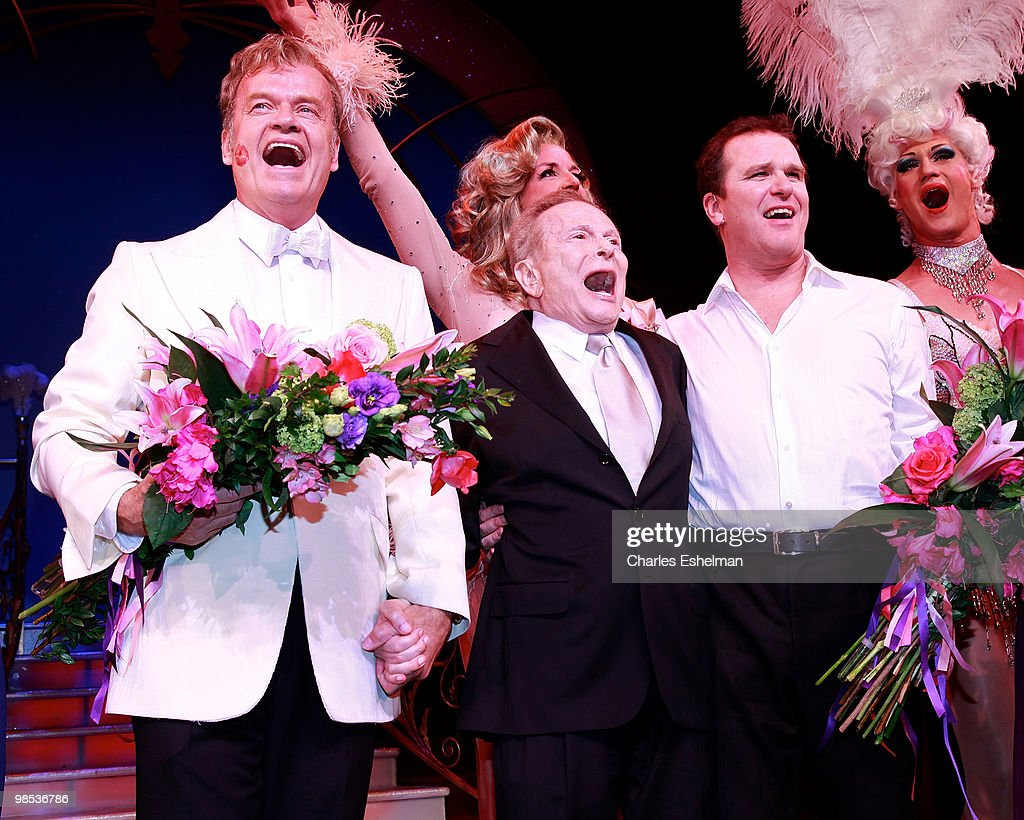 """""""La Cage Aux Folles"""" Broadway Opening Night - Arrivals & Curtain Call : News Photo"""