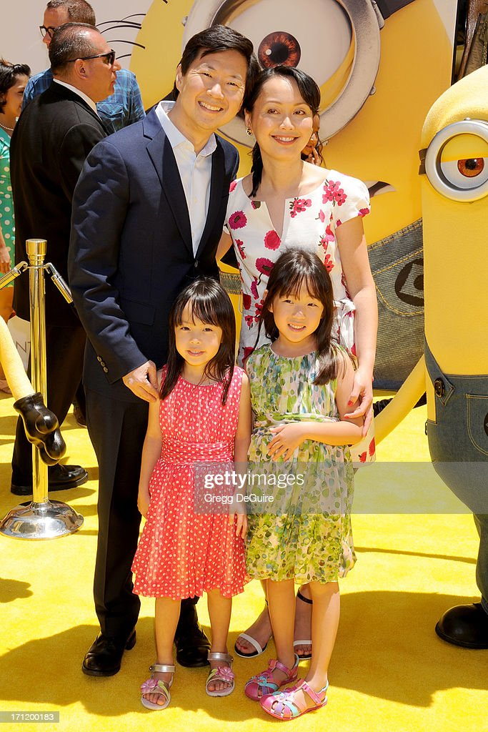Actor Ken Jeong Wife Tran Jeong Children Zooey Jeong And Alexa News Photo Getty Images