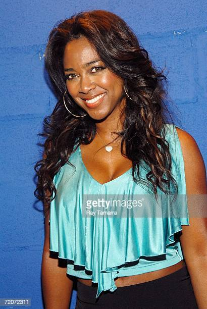 Actor Kenya Moore attends the Heineken Red Star Soul Concert at the Nokia Theater October 02 2006 in New York City