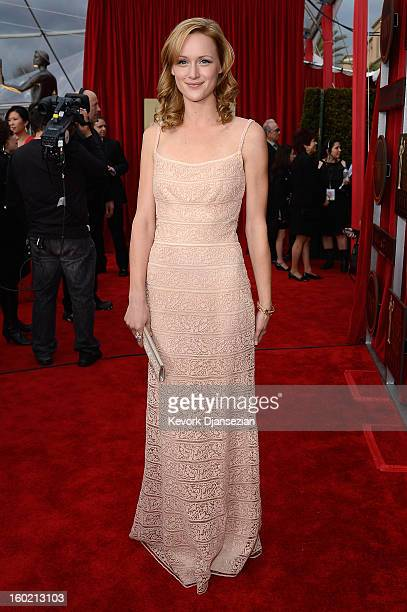 Actor Kerry Bishe arrives at the 19th Annual Screen Actors Guild Awards held at The Shrine Auditorium on January 27, 2013 in Los Angeles, California.