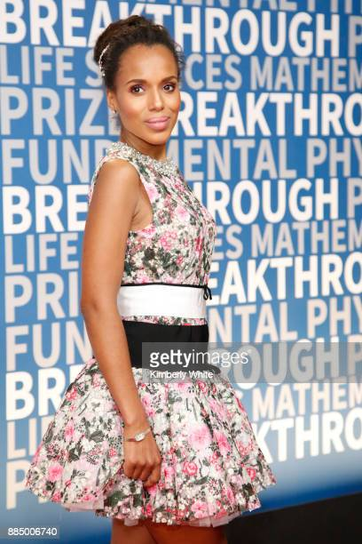 Actor Kerry Washington attends the 2018 Breakthrough Prize at NASA Ames Research Center on December 3 2017 in Mountain View California