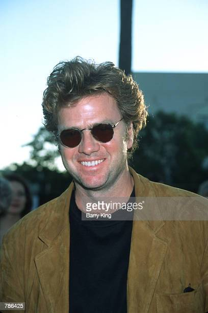 Actor Kevin Anderson poses for a picture July 30, 1998 at the 'snake Eyes'' premiere in Los Angeles, California. Anderson is a renowned stage and...
