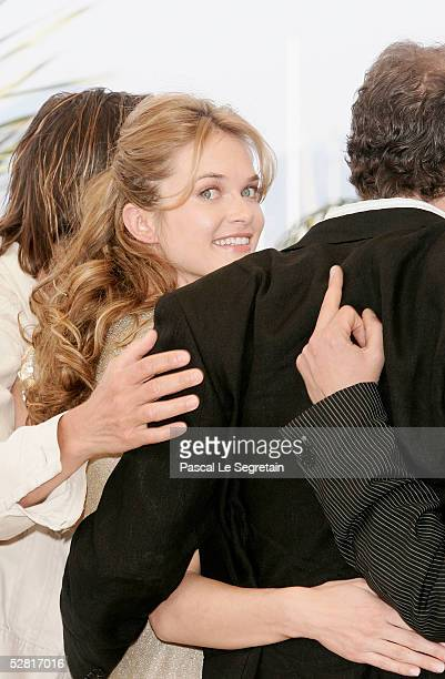 """Actor Kevin Bacon, actress Rachel Blanchard, actor Colin Firth and director Atom Egoyan attend a photocall promoting the film """"Where the Truth Lies""""..."""