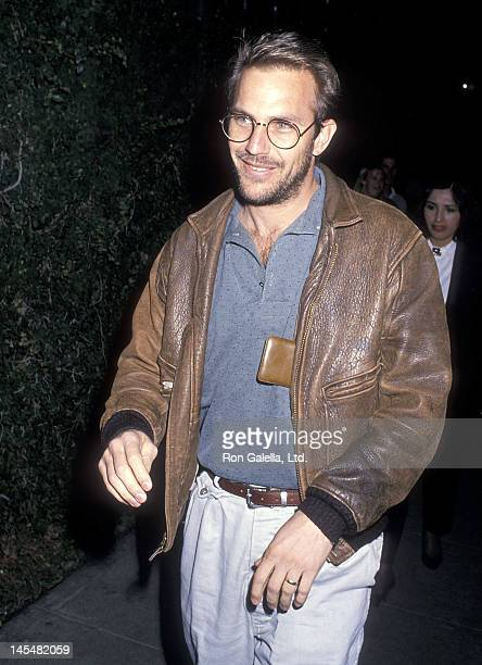 Actor Kevin Costner attends a performance of the play Hurlyburly on January 13 1989 at the Westwood Playhouse in Westwood California
