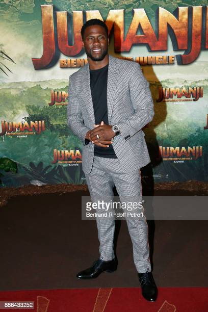 Actor Kevin Hart attends the 'Jumanji Welcome to the Jungle Jumanji Bienvenue dans la jungle' Paris Premiere at Le Grand Rex on December 5 2017 in...