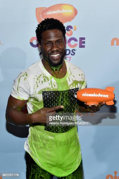 Actor Kevin Hart backstage at Nickelodeon's 2017 Kids' Choice Awards at USC Galen Center on March 11 2017 in Los Angeles California