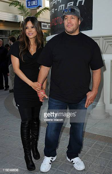 Actor Kevin James and wife Steffiana De La Cruz arrive at the Premiere Of Freestyle Releasing's A Little Help at Sony Pictures Studios on July 14...