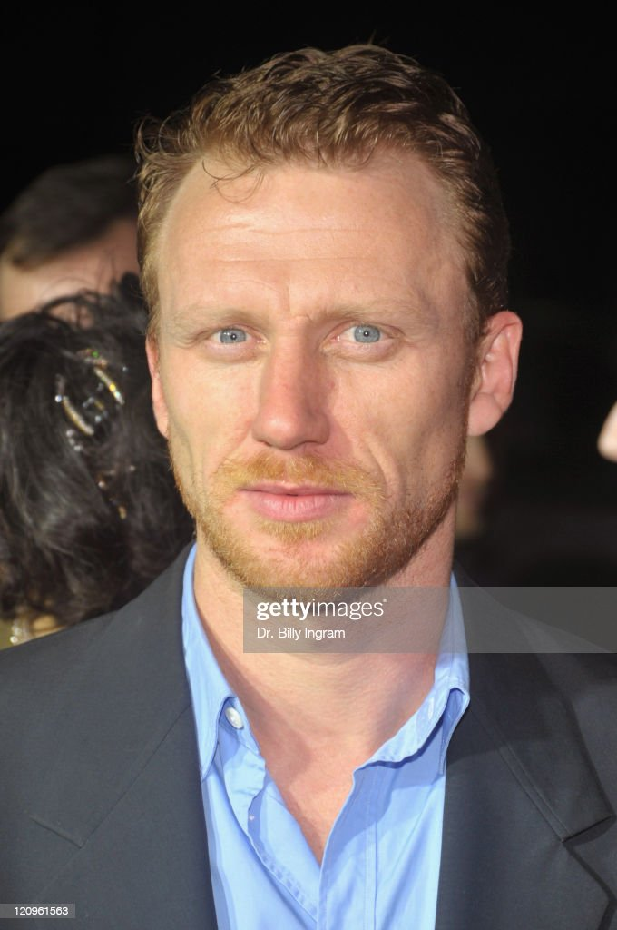 Actor Kevin McKidd arrives at the Los Angeles premiere of 'Frost/Nixon' on November 24, 2008 in Los Angeles, California.