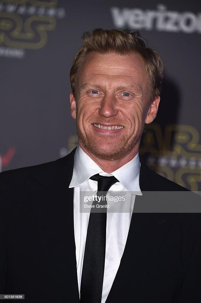 "Premiere Of Walt Disney Pictures' And Lucasfilm's ""Star Wars: The Force Awakens"" - Arrivals : News Photo"