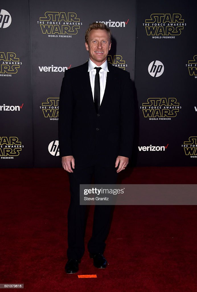 """Premiere Of Walt Disney Pictures' And Lucasfilm's """"Star Wars: The Force Awakens"""" - Arrivals : News Photo"""