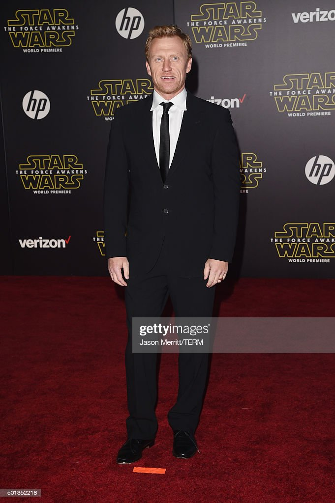 """Premiere Of Walt Disney Pictures And Lucasfilm's """"Star Wars: The Force Awakens"""" - Arrivals : News Photo"""