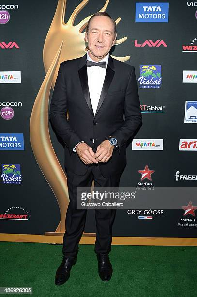 Actor Kevin Spacey arrives at the IIFA Awards at Raymond James Stadium on April 26 2014 in Tampa Florida