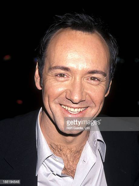 Actor Kevin Spacey attends the 'American Beauty' Hollywood Premiere on September 8 1999 at the Egyptian Theatre in Hollywood California
