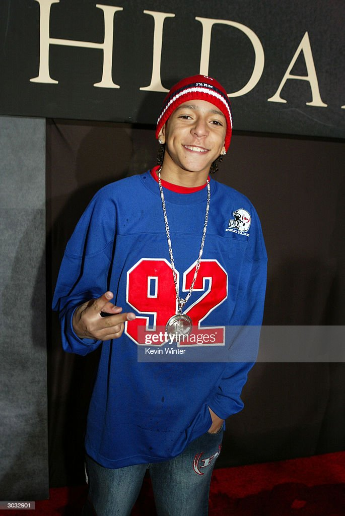 Actor Khleo Thomas arrives at the premiere of Touchstone's 'Hildago' at the El Capitan Theatre on March 1, 2004 in Los Angeles, California.