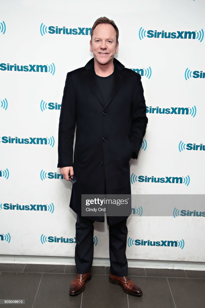 Actor Kiefer Sutherland visits the SiriusXM Studios on February 27, 2018 in New York City.