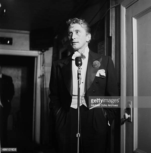 Actor Kirk Douglas attends a dinner in Los Angeles California